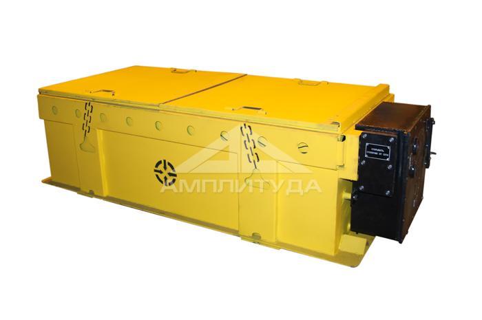Ящик батарейный  АМ8Д ( с изоляцией и крышками)