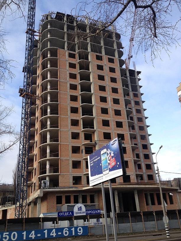 Строительство 16 этажа завершается