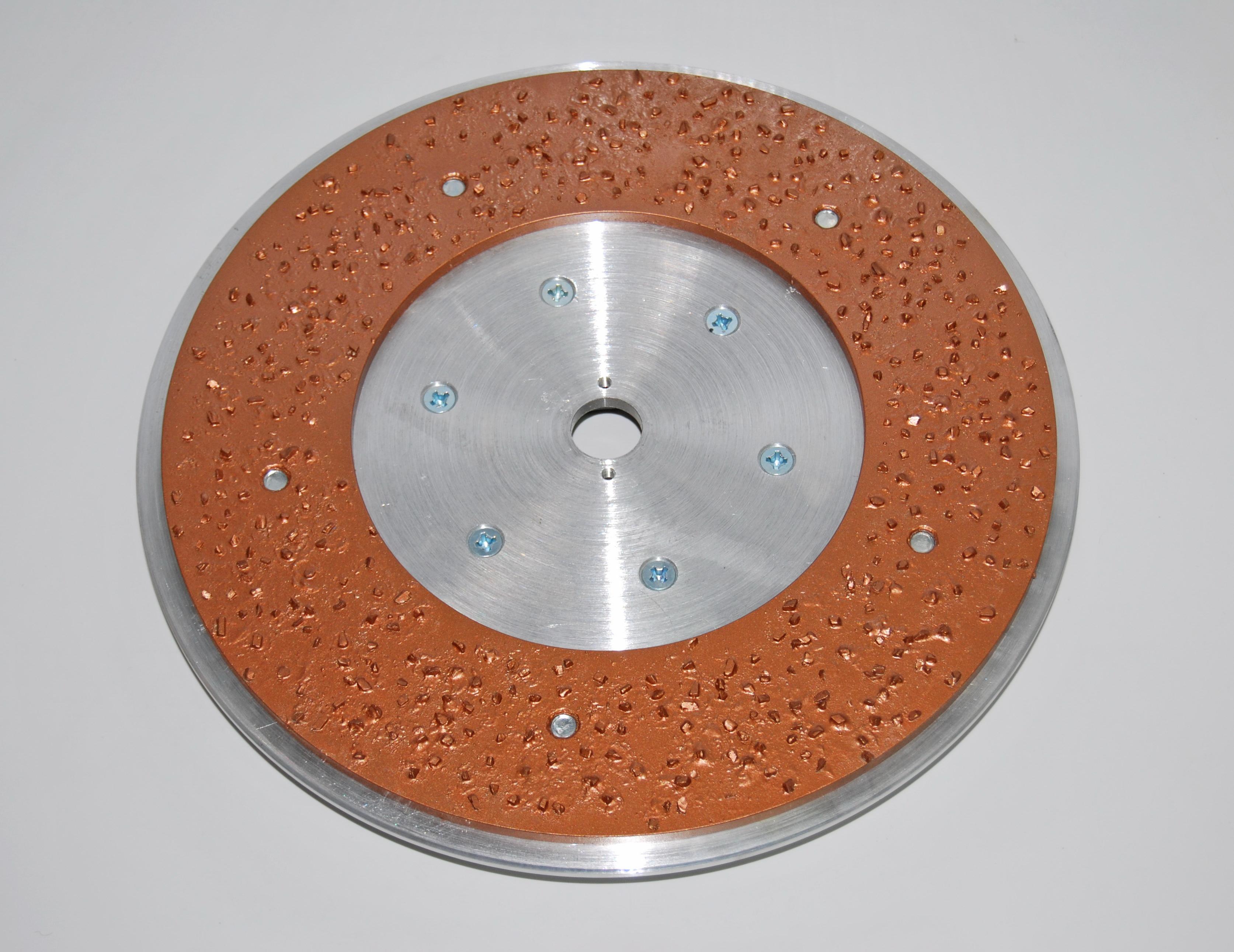 диск с твердосплавными победитовыми кольцом