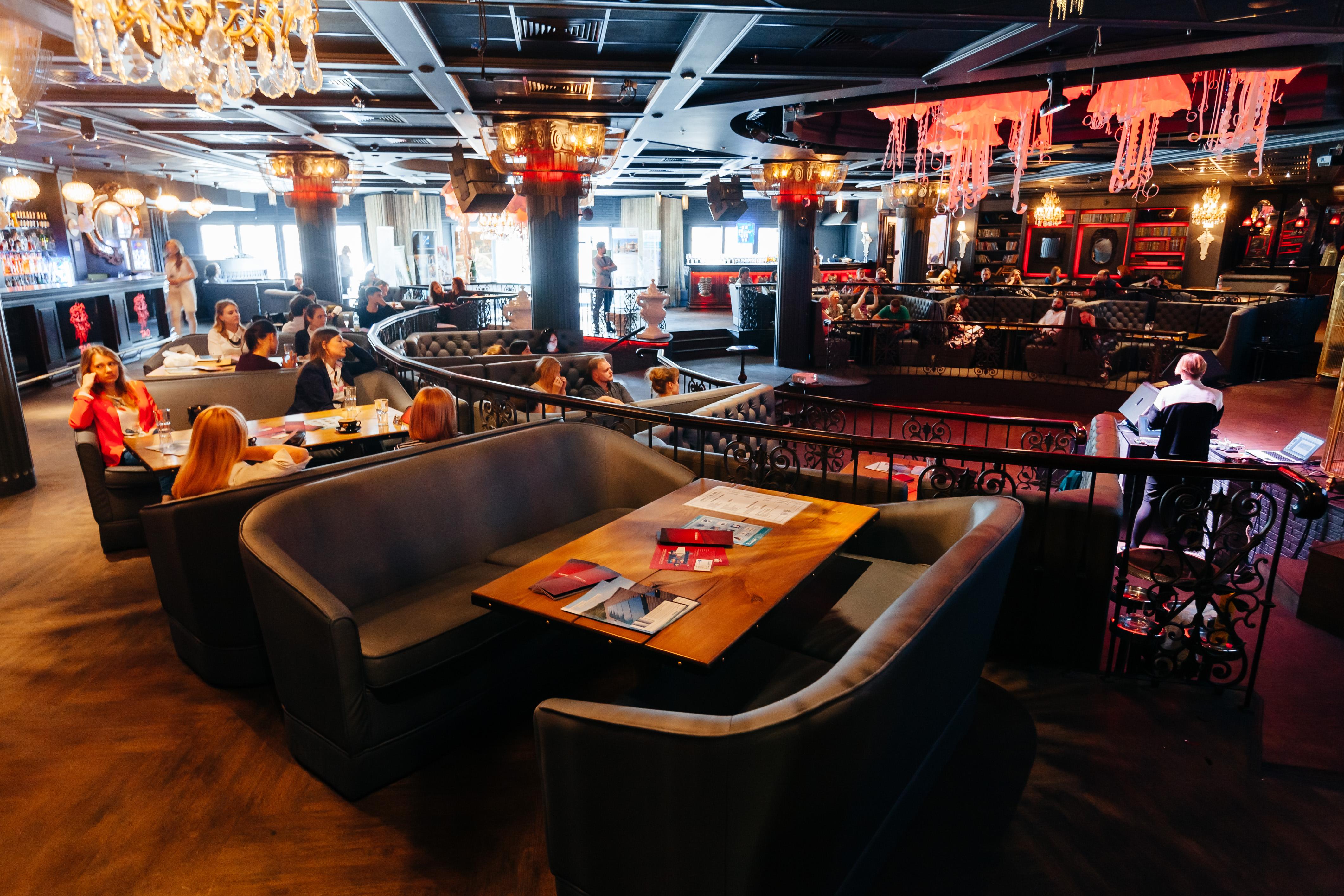 27 апреля в киевском ресторане TAO Restaurant & Dance Bar состоялось заседание Клуба Hoteliero® на тему «Food-фотография. Секреты и табу от идеи до продвижения»