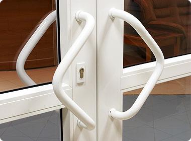Регулювання дверей