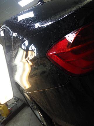 BMW Удаление вмятины на заднем крыле