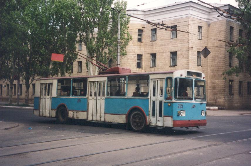 Проезд в троллейбусах Макеевки возрастет с 3 до 5 рублей