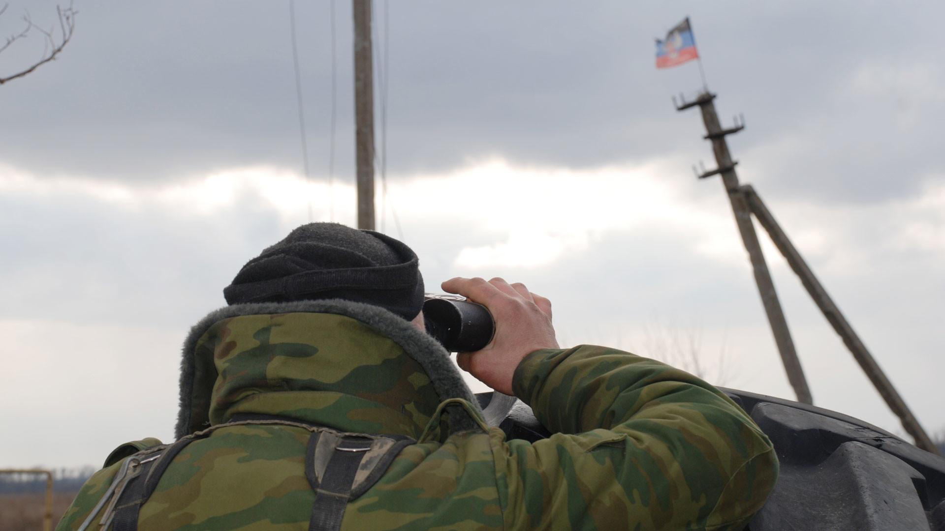 ДНР и ЛНР проведут масштабные военные учения из-за срыва Украиной перемирия