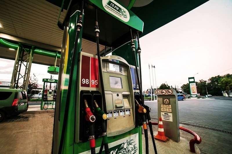 В ДНР снизились цены на бензин на 1-3 рубля за литр
