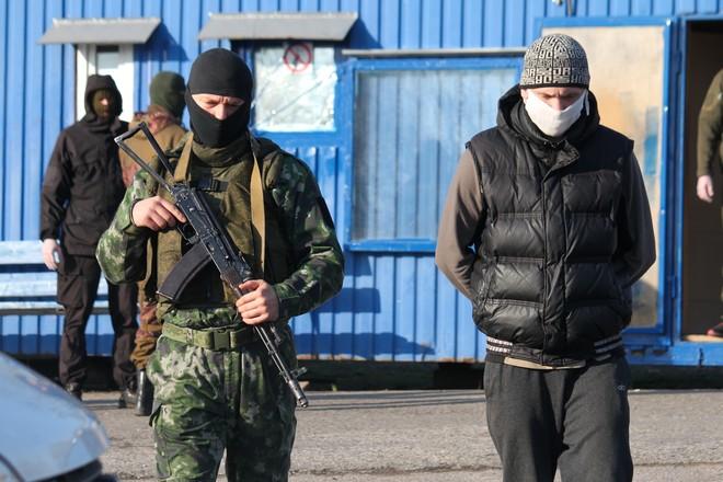 Коронавирус обнаружили у одного из пленных, переданных Украиной - Долгошапко