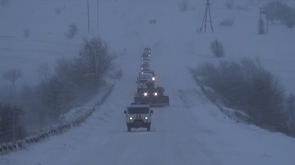 В ДНР продолжается снежное безумие