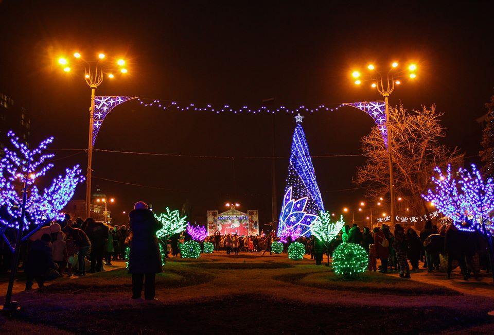 В ДНР отменили комендантский час на всю праздничную неделю