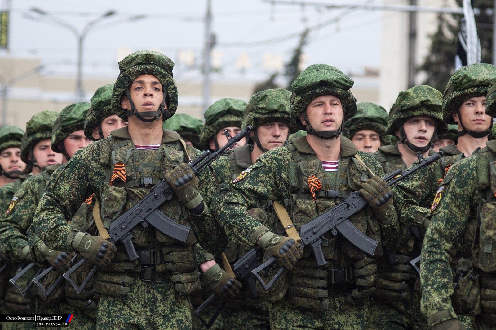 Льготы военнослужащим ДНР предоставят в три этапа