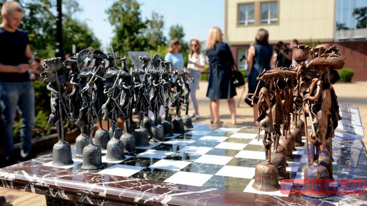 Поющие шахматы