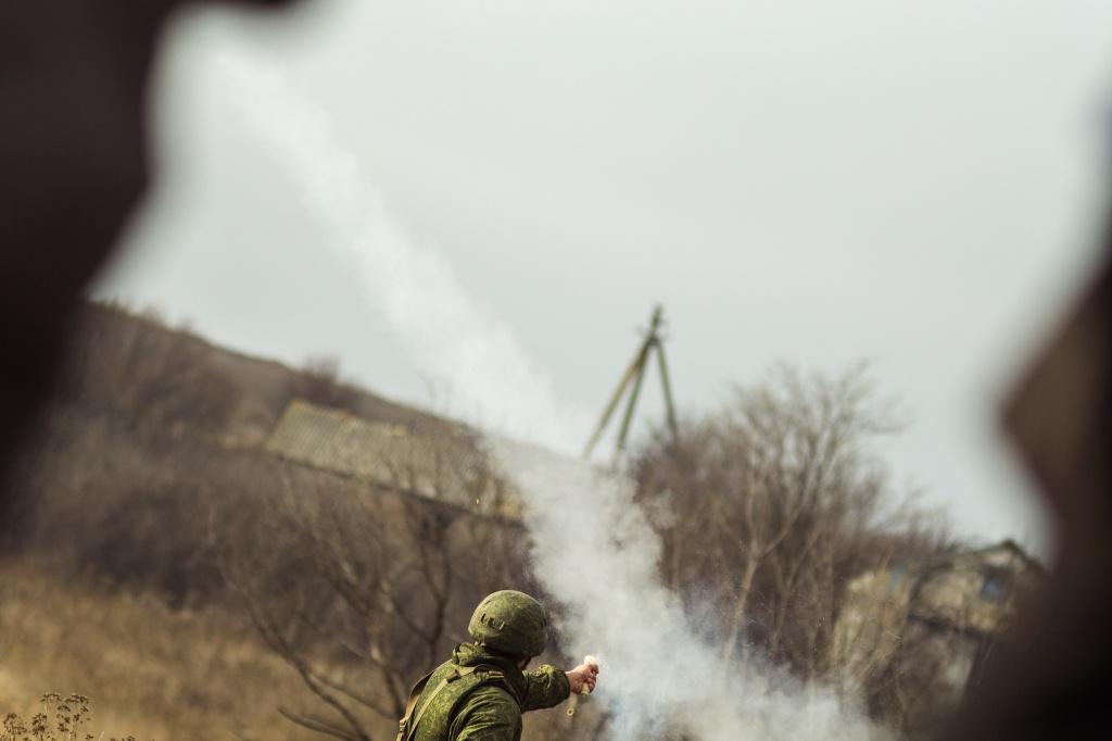 Сегодня состоялось разведение войск под Петровским. Как это было. Фото. Видео