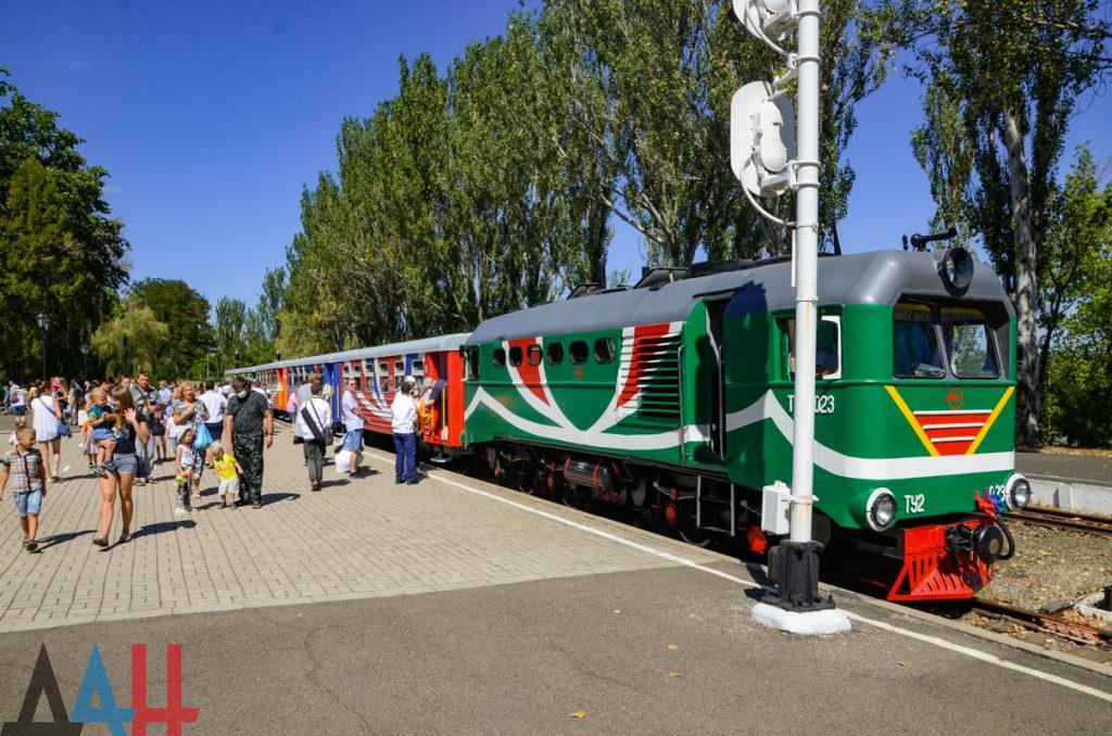 Детская железная дорога открыла сезон на 4 месяца позже, чем обычно