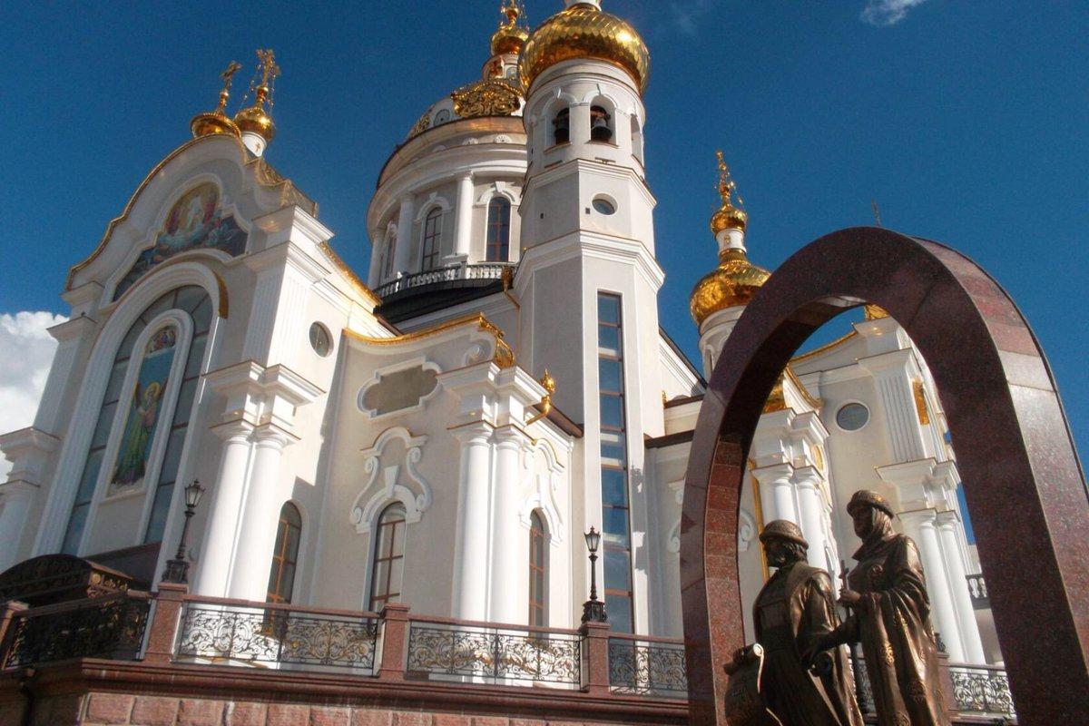 Возле собора святых Петра и Февронии нашли 10 колб с ртутью и 6 ракетниц - МЧС ДНР