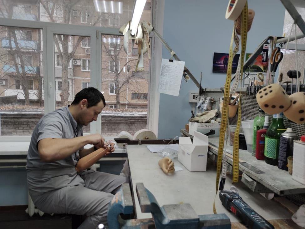 В Донецке за год изготовили более 20 тысяч техсредств для инвалидов
