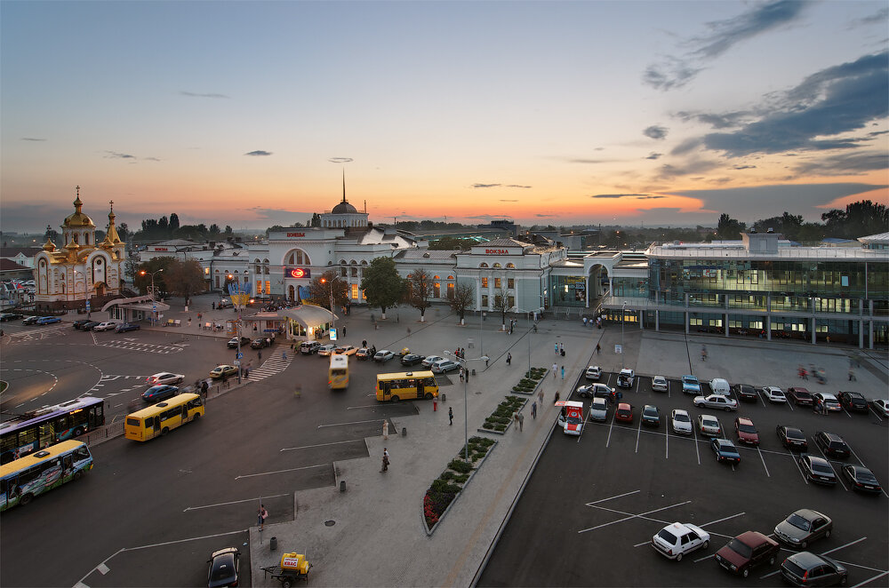 Донецкий вокзал впервые за пять начнет отправлять пригородные поезда