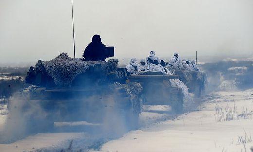 Донецк и Луганск выступили против