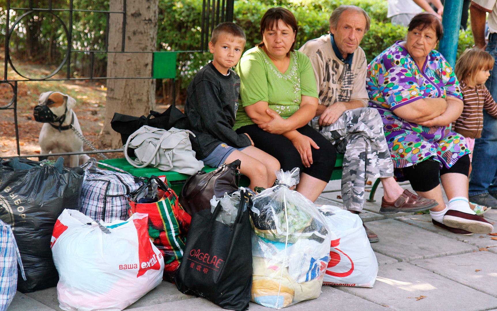 Пушилин подписал закон о вынужденных переселенцах. Им будут компенсировать 50% цены за каоммуналку