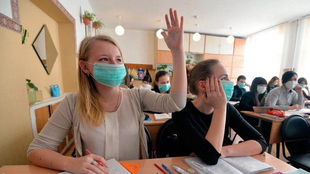 В ДНР на неделю продлили школьные каникулы