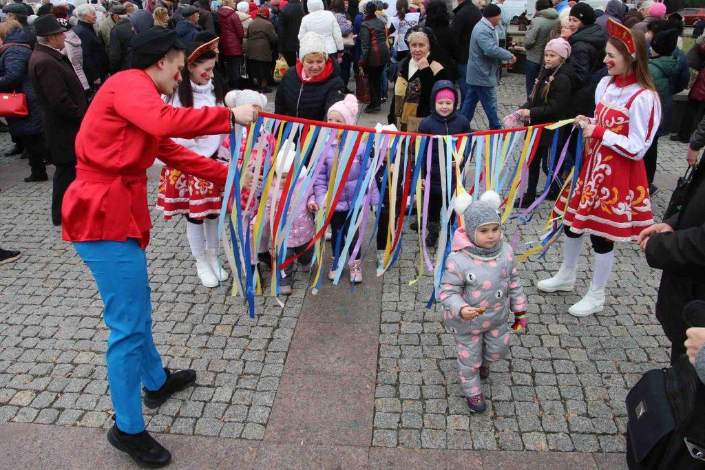 В Донецке прошел День народного единства. Фото. Видео