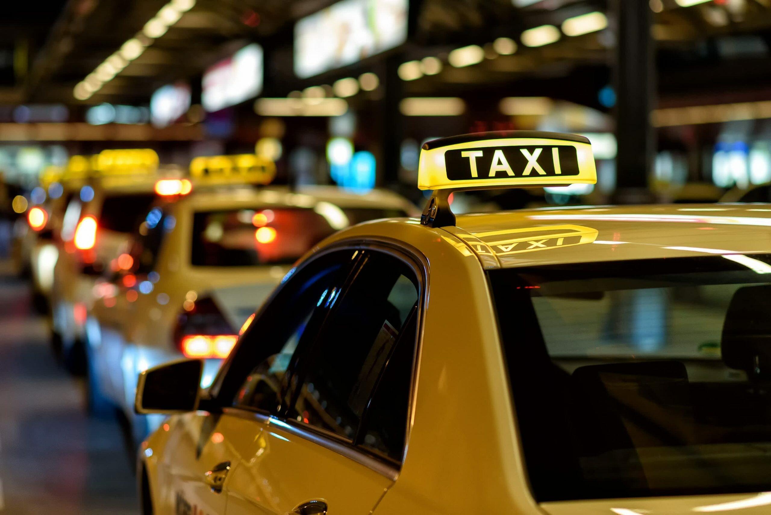 В Донецке подорожали услуги такси