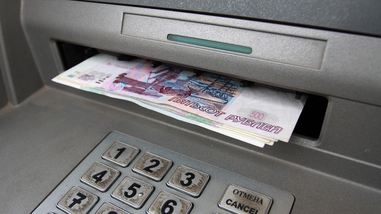 Среднемесячная зарплата в Республике превысила 15 000 рублей - Минэкономразвития