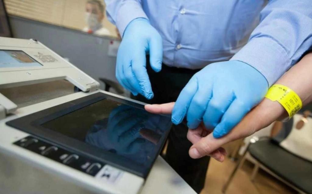 Для получения паспортов ДНР в Республике откроют центры датилоскопии