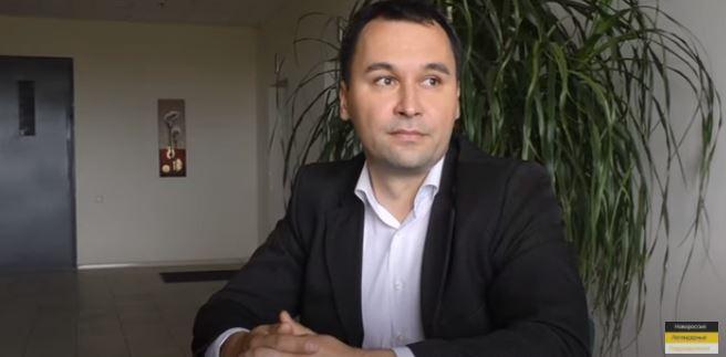Правозащитник рассказал о беззаконии украинских законов, преступлениях ВСУ и вхождении ДНР в РФ