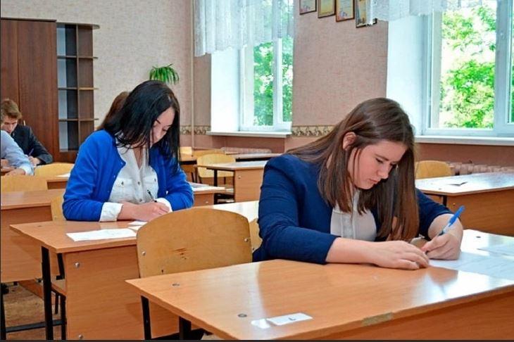 В ДНР не планируют переносить сроки окончания учебного года, даты ГИА не изменятся - Удовенко