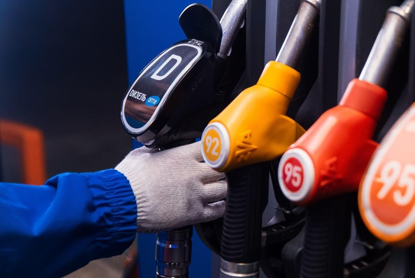 В ДНР опять подорожали бензин и газ