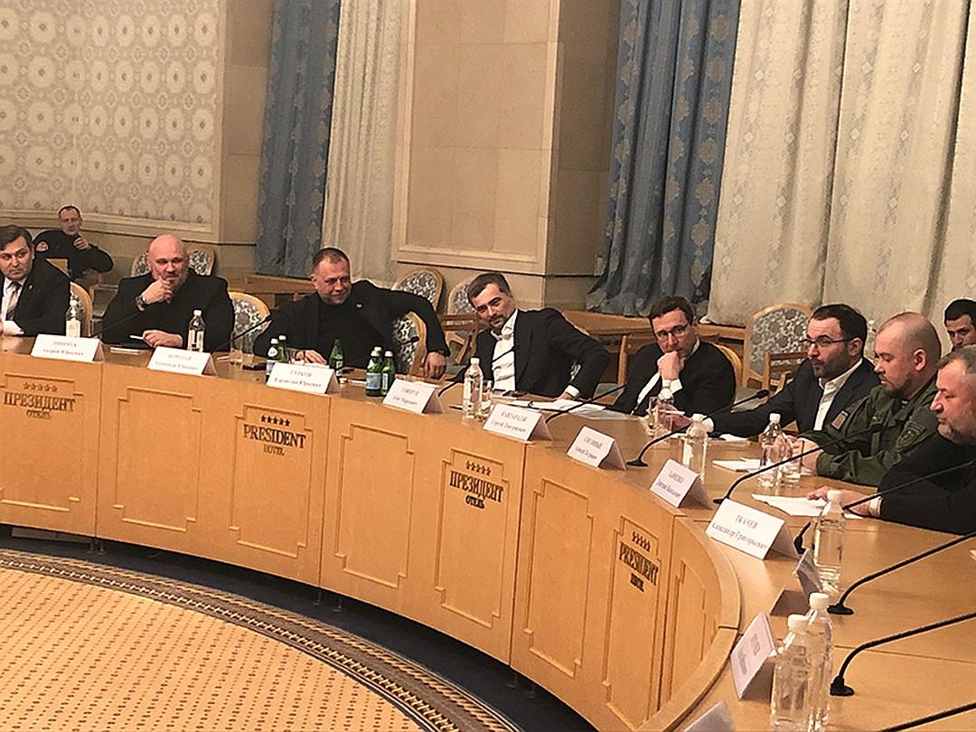 Сурков и Бородай обсудили с командирами Республик мобилизацию в Донбассе